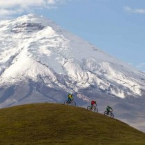 Mountain Bike Ecuador's Volcano Country